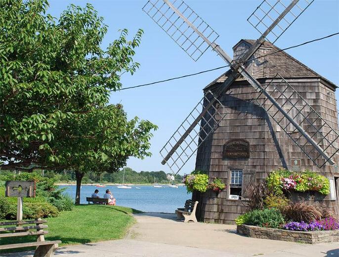 Hamptons Vs Long Island