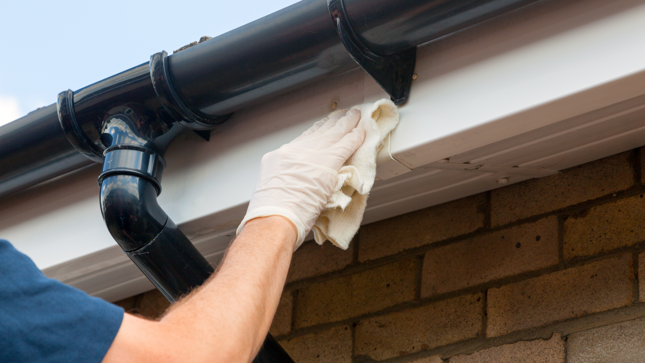 a guide to gutter cleaning services